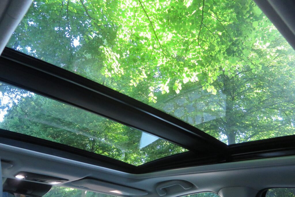 honda-hr-v-familienauto-panoramadach