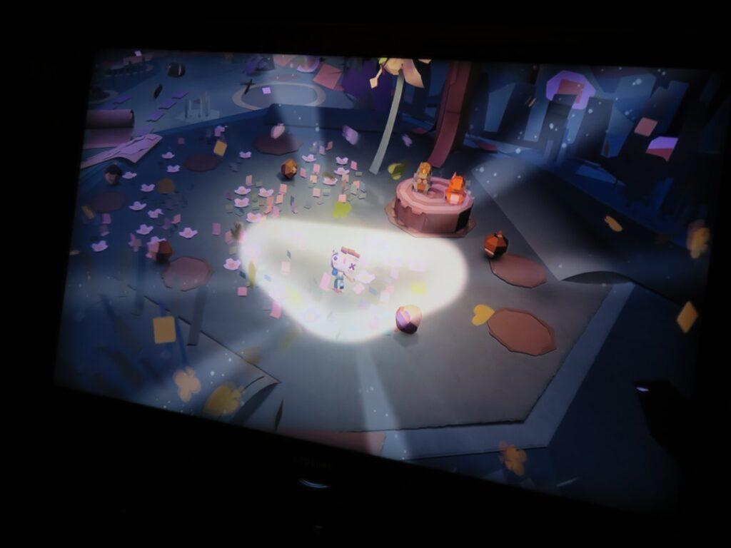 Die Spielwelt bei Tearaway Unfolded auf der PS4 ist sehr liebevoll