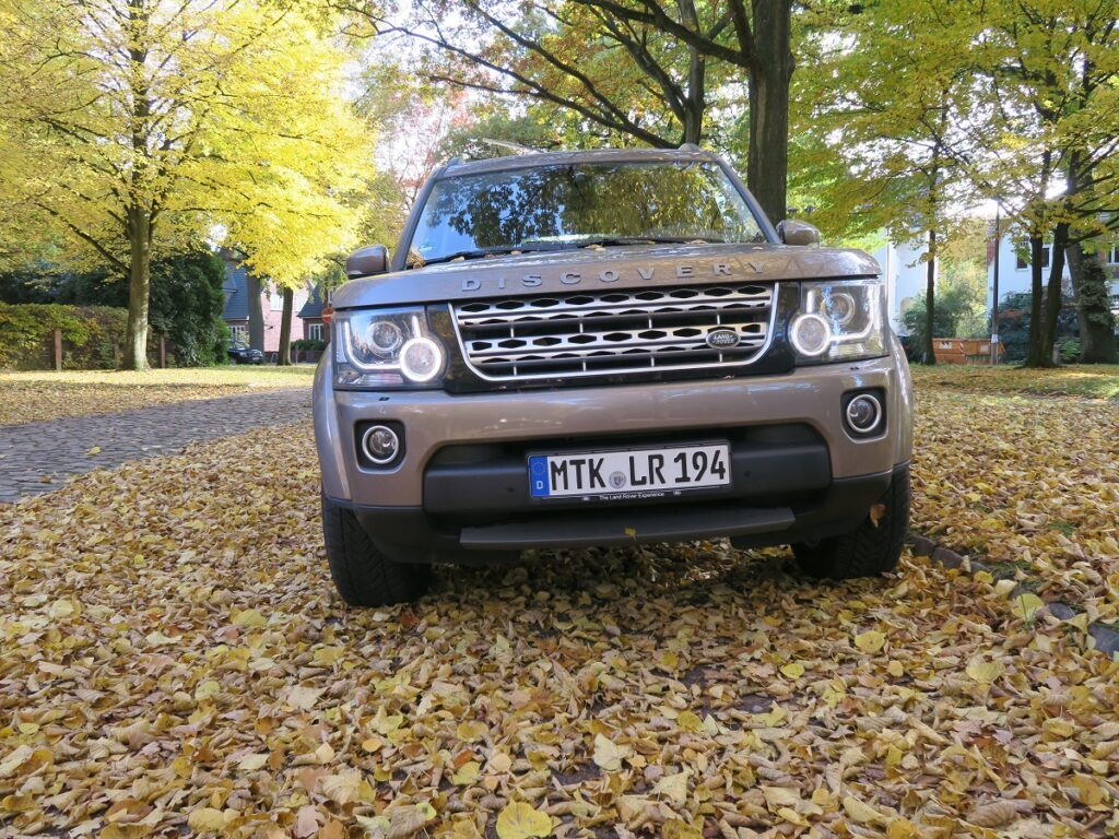 Land Rover Discovery (2016) Front