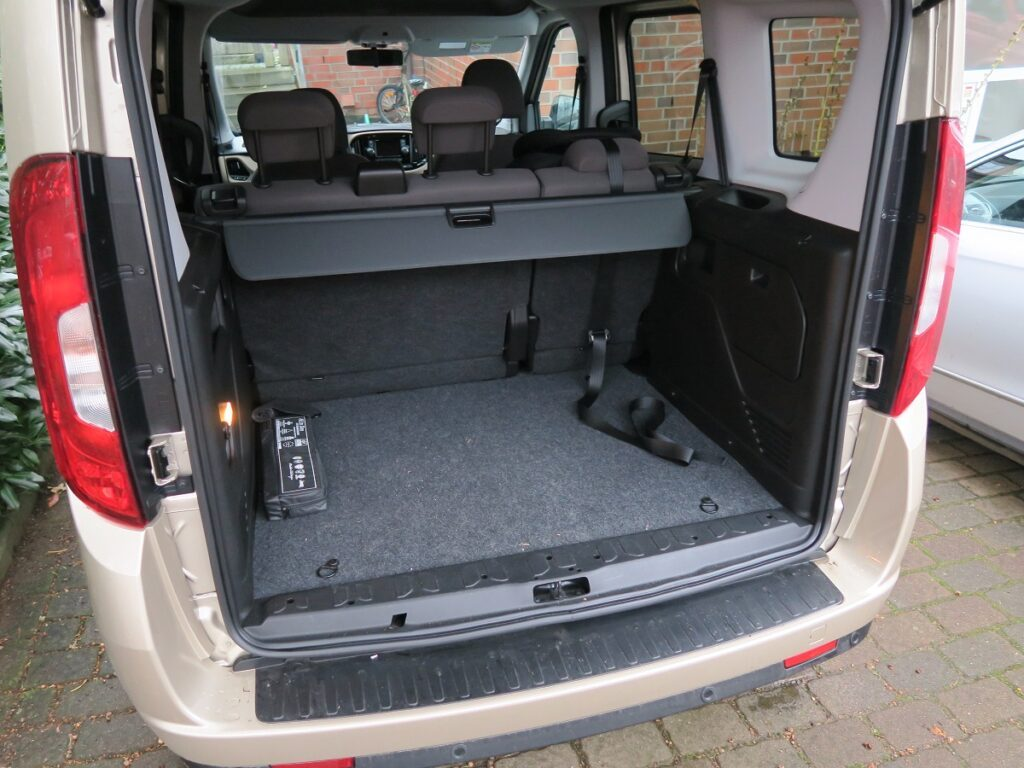 Fiat Doblo Kofferraum