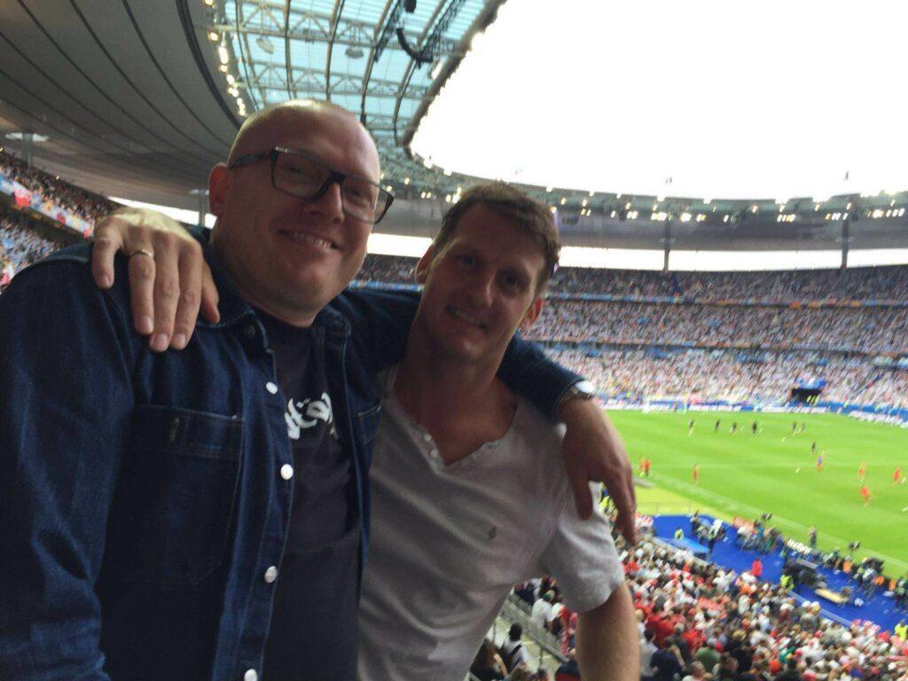 Fussball-EM 2016 direkt im Stadion in Paris