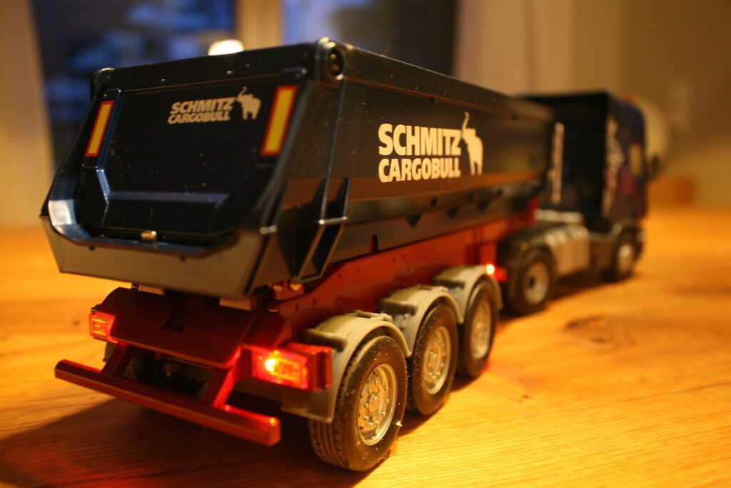SIKU Scania Truck Control32 12