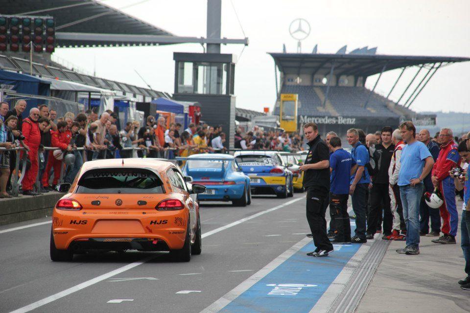 Pit Lane am Nürburgring