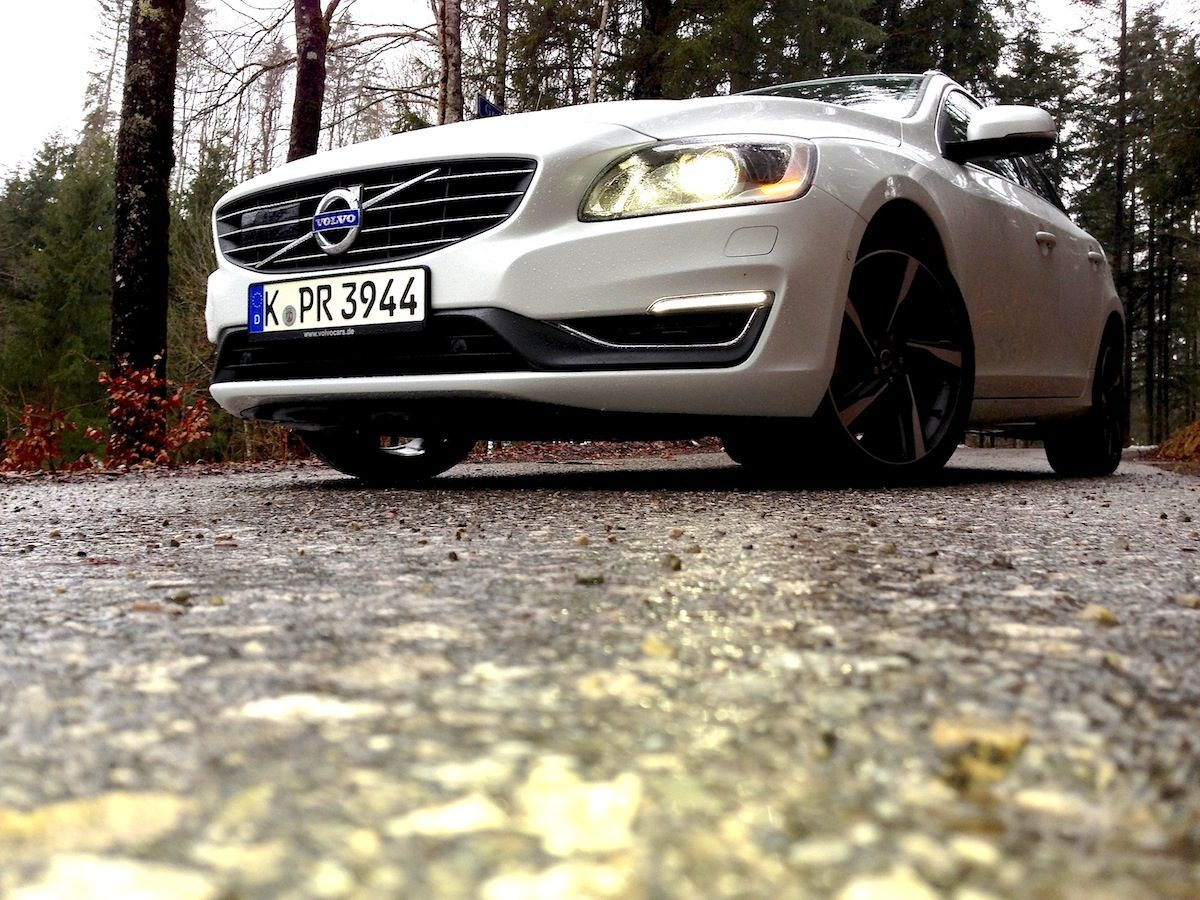 Volvo V60 D4 Geartronic Strasse