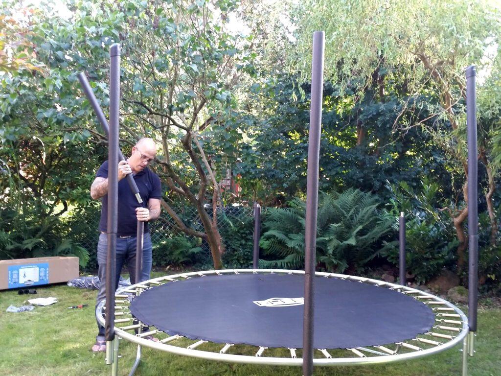 berg trampolin aufbau